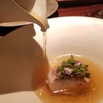 """106511771 - ⑥Poisson                       """"ベーコン 白菜""""                       赤甘鯛のポワレ、ベーコン&ハーブのせ、白菜&魚のアラ出汁を注いで                       そこに白菜100%で作ったスープに魚のアラ出汁を加えた淡い黄金色のスープを注ぎます。"""
