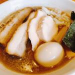 麺家 一鶴 - 鶏・煮干し特製ラーメン厚切りチャーシュートッピング 950円+150円税込
