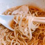 麺家 一鶴 - 鶏・煮干しラーメン  細麺