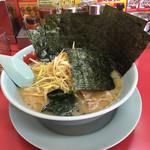 ラーメン山岡家 - 料理写真:醤油ネギラーメン海苔増し