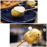 フレンチビストロ バルザル - フレンチ串揚げベニエのマッシュポテト トリュフバター乗せ