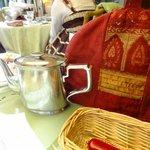 アリスの茶屋 - ポットカヴァー
