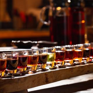 中国各地の地酒を約40種類取り揃えました。利き酒も◎