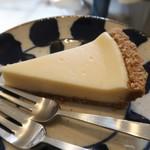 レット イット ビー コーヒー - チーズケーキ