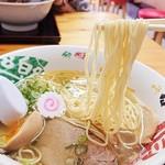 そば作 - カタメで頼んだ中細麺、好みの硬さ(´∇`)