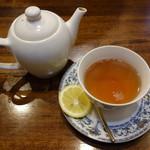 亜胡 - 紅茶