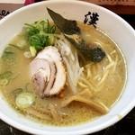 漢 - 漢らーめん(とんこつ魚介):750円
