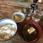 臺眠 - 汁物とご飯