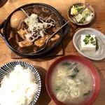 あぶくま亭 - 和牛黒煮込み(大)煮卵入り900円