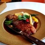 ARIA. C - 料理写真:ビーフカツレツ。