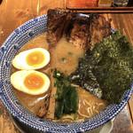 中華そば 櫓屋 - 料理写真:櫓そば全部のせ(醤油)♪