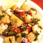 マリブ食堂 - ホクホクじゃやがいもとタコの鉄板焼き