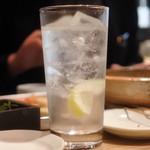 くし菜 - レモンサワーは和らぎ水替わりに…(笑)
