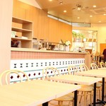 カフェ&ダイニング フェルマータ - テーブル席