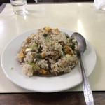 伊春飯店 - 料理写真:炒飯