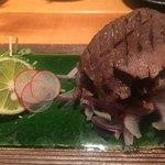 肉と京料理 かぐら - 熟成牛タンの炙り