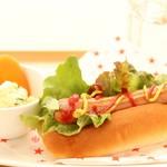 カフェ&ダイニング フェルマータ - 信州熟成ポークのホットドッグ