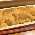 板前寿司 - 羽立の箱ウニ