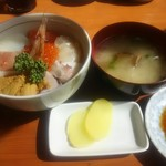 漁師の店 - 海鮮丼 1,400円