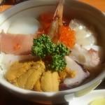 漁師の店 - 海鮮丼アップ