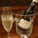 ラ・マーノ - ありがたいワインクーラー
