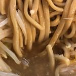 ラーメン二郎 - 麺、スープ