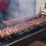 106594271 - ハム焼きは、炭火焼きです。ハムと言うより肉ですね。