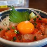 漁師の浜焼あぶりや - 本日のおまかせ地魚丼(小盛)アップ
