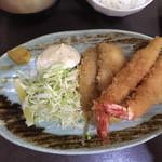 えびせい - アジフライとエビフライのセット定食  1,080円