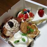 Ax2 - 2011年12月に買ったケーキ