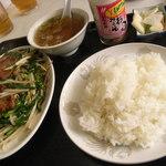 中華料理 栄香楼 - レバニラ定食