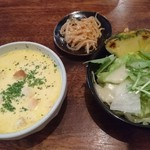 盛よし - ハンバーグセット     スープ   漬物   サラダ   ライス 980円   安い! ボリュームあるし 〜〜