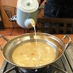 ジャパニーズフーズ 櫂の蔵 - スープが少なくなったら入れてもらえます