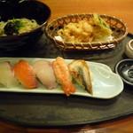 十二季家 歓 - 寿司定食