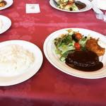 クック De アムール - 料理写真:Aセット(ハンバーグとカニクリームコロッケ)  ¥1,350