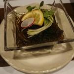 櫻壽 - フツーのもずく酢。