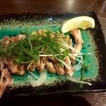 Torisei - 鶏塩わさびたたき 620円(税別)
