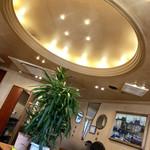 横濱珈琲店 五番街 - ★新元号は近ゐが,此処は まだ昭和の雰囲気色濃く★