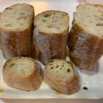 ランコント - 料理写真:フランスパン