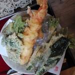 蕎麦 山猫 - 「大海老と季節の野菜天ぷら(せいろ)」細麺