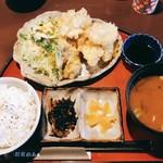 町家かふぇ - 料理写真:さっぱりとり天定食