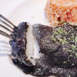 レストラン マルヤマ - 舌平目ちゃんをちょっとお見せします(^◇^;)