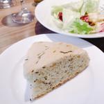 レストラン マルヤマ - パン