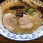 旭来軒 - 料理写真:ラーメン500円