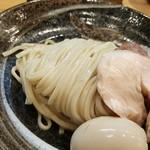 106659529 - つけ麺、味玉入り