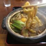 讃岐うどん六平 - スイトンみたいなゴン太麺