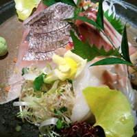和酒bar uonoya - bar用天然鮮魚3点盛!!!