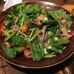 ジョウモン - きのことベーコンのほうれん草サラダ