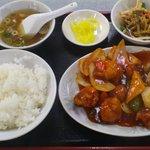 若大将 - 酢豚定食