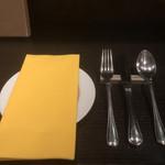 Bistro Sentiment - テーブルセッティング
